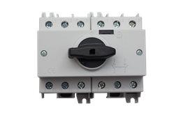 TE Przełącznik CO SD2 1-0-2 125A 3P TH35